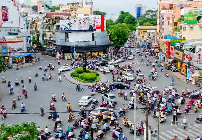 Fantástico vídeo em timelapse mostra como é maluco o trânsito no Vietnã