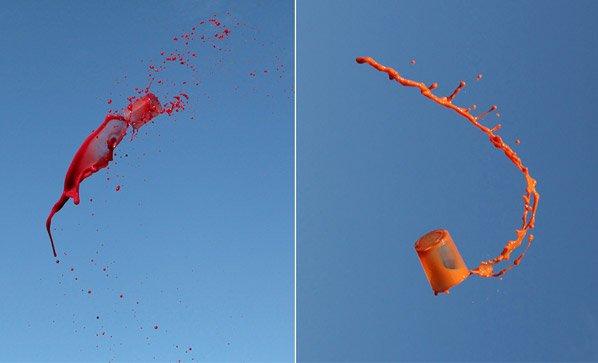 Fotógrafa faz ensaio criativo jogando bebidas para o alto