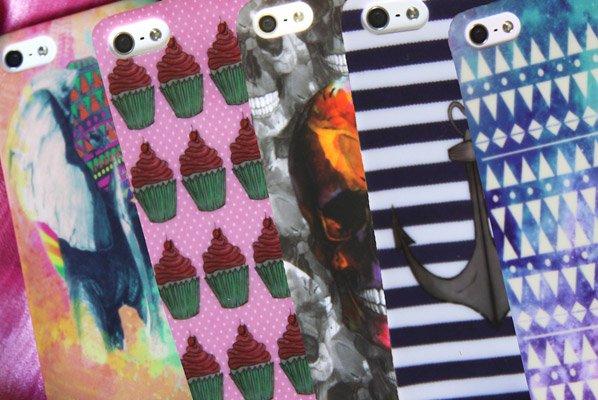 Cases para iPhone inspirados em moda, viagem, tecnologia e arte