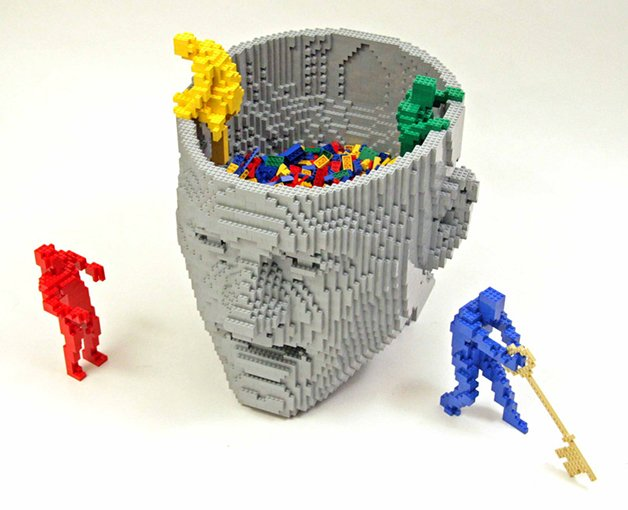 LEGOSawaya3