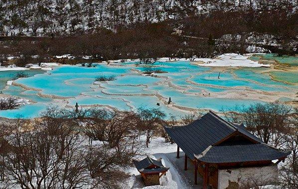 As incríveis piscinas naturais da China que você vai duvidar que existam mesmo