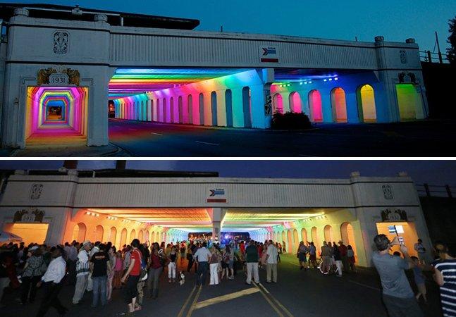 Artista transforma passagem subterrânea utilizando luzes LED