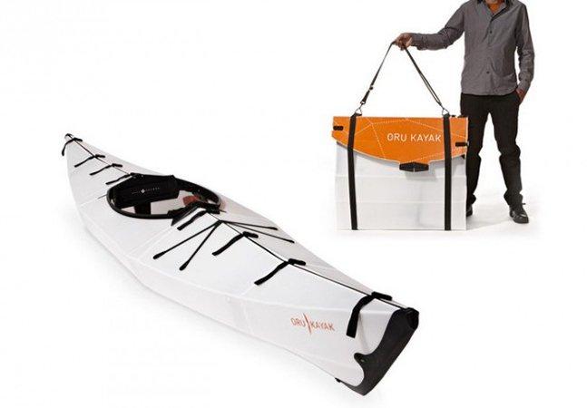 Designer cria caiaque dobrável que se transforma em maleta na hora de guardar