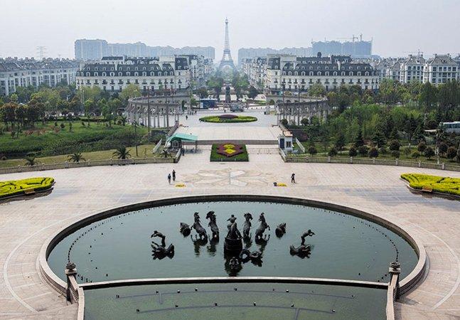 Conheça as detalhadas réplicas de cidades construídas na China