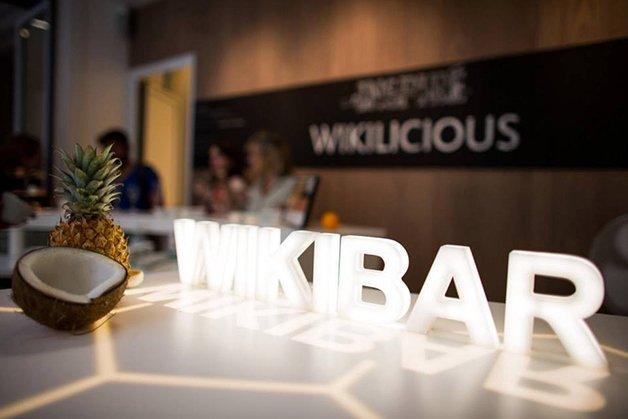 WikiBar1