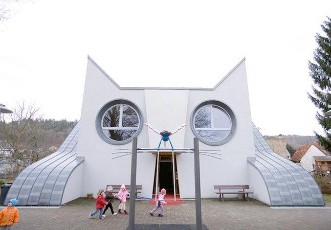 Arquitetura criativa: conheça a escola em forma de gato