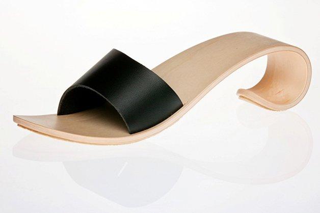 WaveShoes1