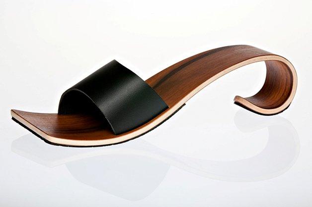 WaveShoes2