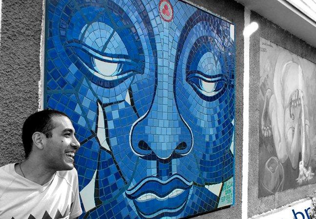 Artista brasileiro larga tudo pra se dedicar a criar mosaicos fantásticos