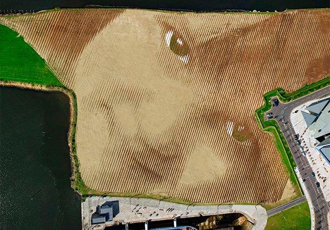 Artista cria obra giganteque só pode ser vista das alturas