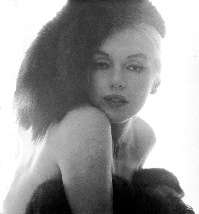 Marilyn-Monroe-The-Last-Shining-16