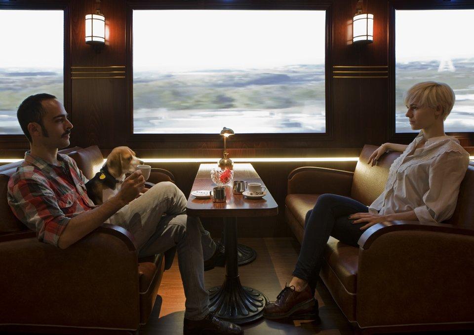 Conheça o bar com decoração de trem que dá a impressão de estar viajando
