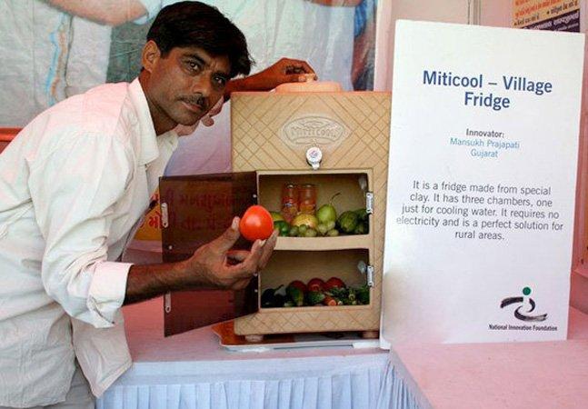Artesão indiano cria geladeira que nãoprecisa de eletricidade para funcionar