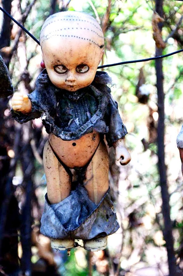 Mexicos-Haunted-Island-Of-The-Dolls-Is-Terrifying-4
