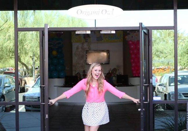 Garota de 17 anos recusa carro de presente e cria negócio que vale milhões
