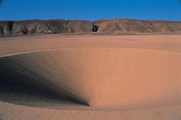 desert-breath-land-art-egypt-dast-arteam-11