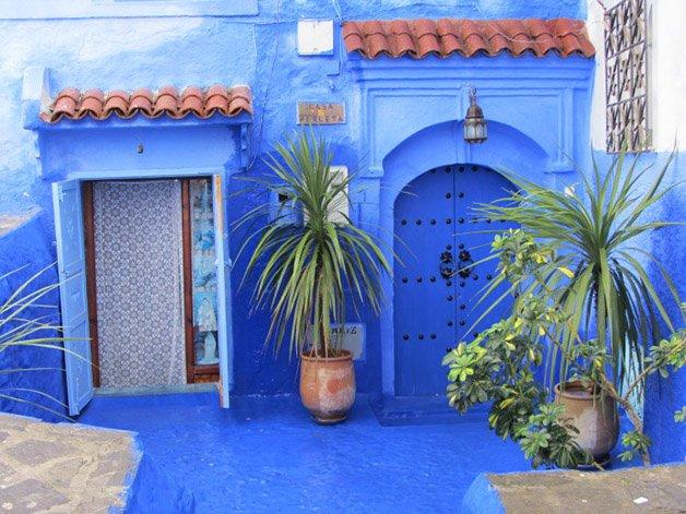 chefchaouen-morocco-woe6-690x517