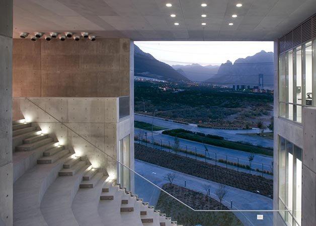 dezeen_Centro-Roberto-Garza-Sada-de-Arte-Arquitectura-y-Diseño-by-Tadao-Ando_10