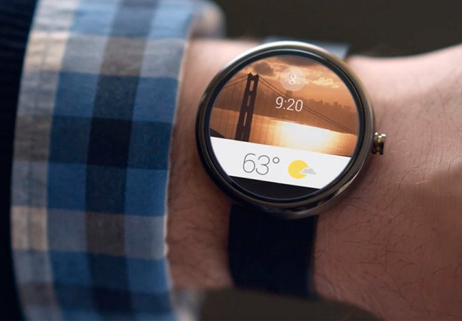 Google apresenta a revolução do relógio de pulso. Saiba o que muda.