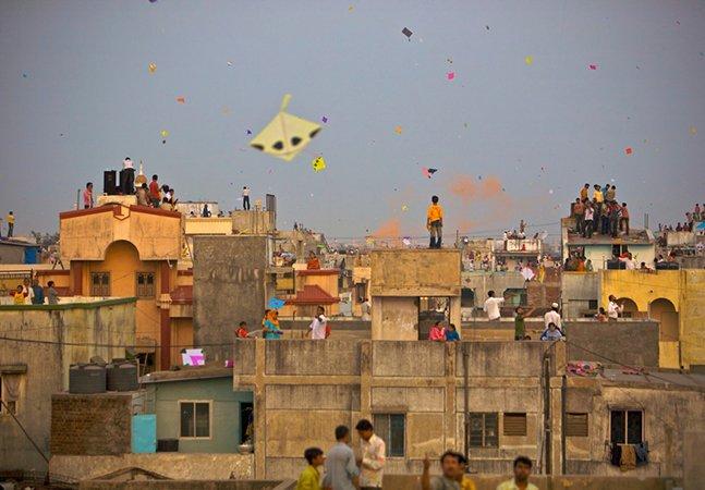 As pipas de todas as cores e formatos que invadem os céus na Índia