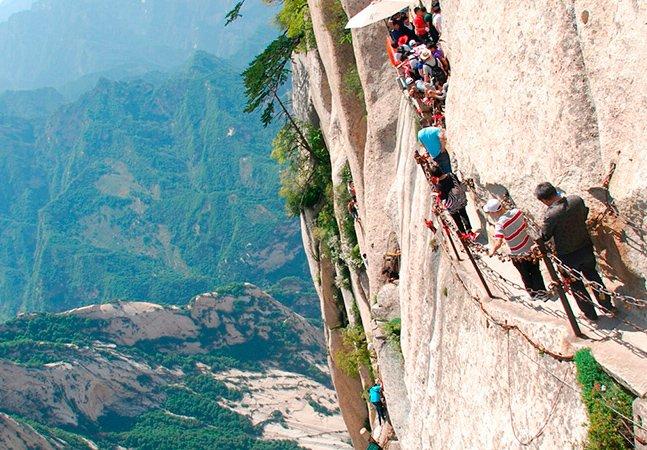 O caminho da morte na China. Você toparia?