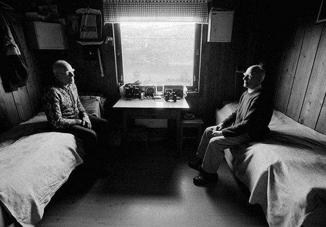 Dois irmãos inseparáveis compartilham seus últimos anos de vida em série de fotos tocante