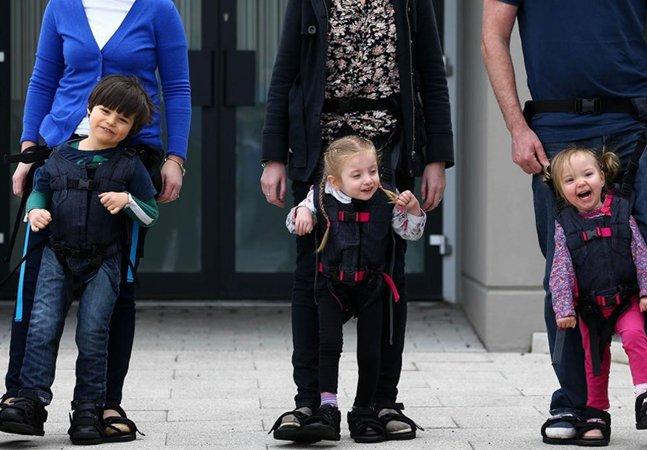 Só uma mãe poderia pensar numa forma tão genial de ajudar crianças com paralisia cerebral a andar
