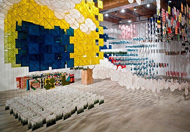 Exposição de papel faz parecer que você está andando dentro de uma pintura 3D