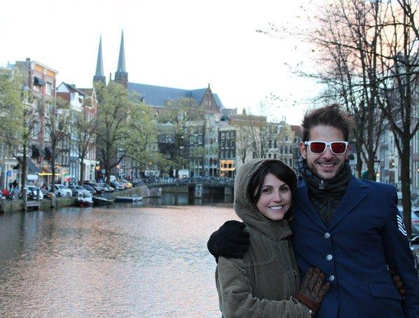 Um passeio por Amsterdã com Eme e Jaque, os criadores do Hypeness