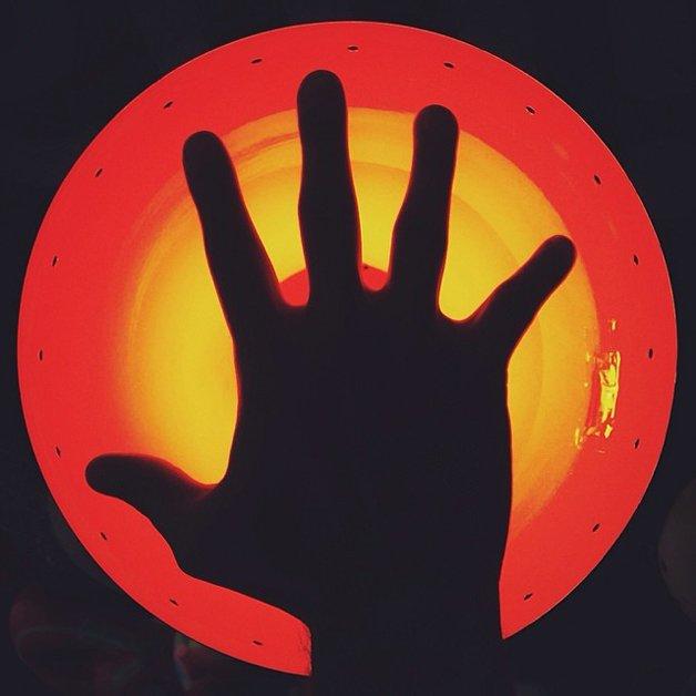 O universo circular de Marcelo Nava