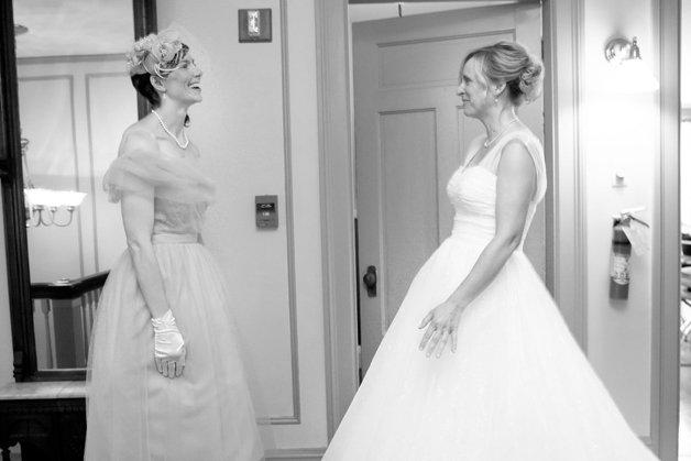 Reação de noivas se vendo pela primeira vez
