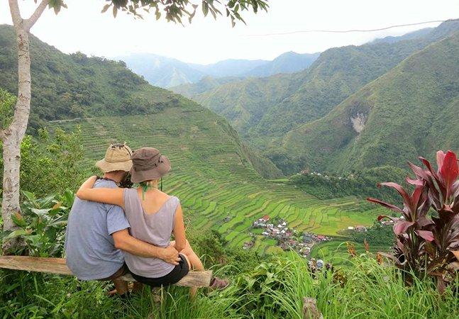 Casal faz lua de mel viajando por 33 países em dois anos