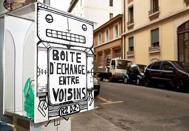 Vizinhos criam caixas colaborativas para trocas de objetos entre eles
