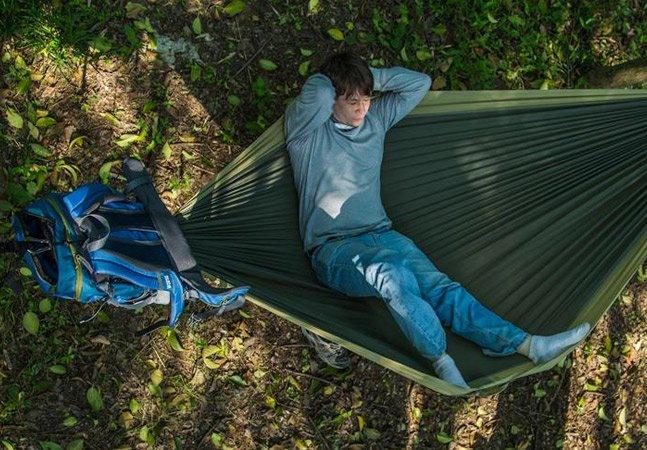 A mochila de acampamento que se transforma em rede vai mudar a vida dos viajantes