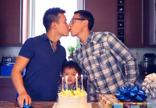 Vídeo emocionante faz homenagem a todos os pais homossexuais