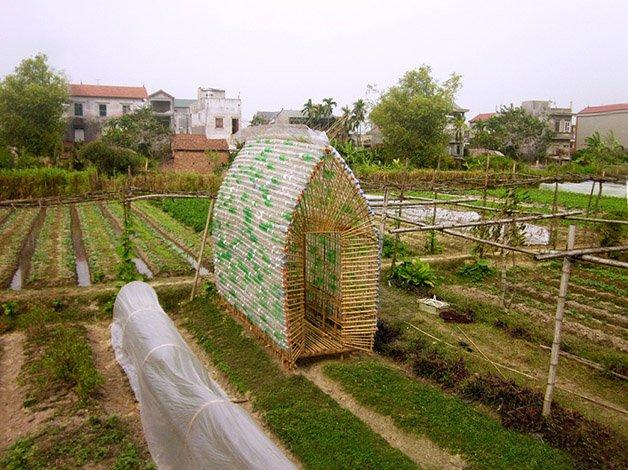 531d39f7c07a806cd900029b_vegetable-nursery-house-1-1-2-international-architecture-jsc_1-1000x749