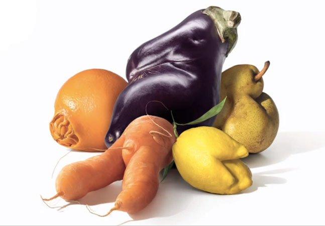 """Rede de supermercados alerta sobre desperdício e cria campanha para vender frutas e legumes """"feios"""""""