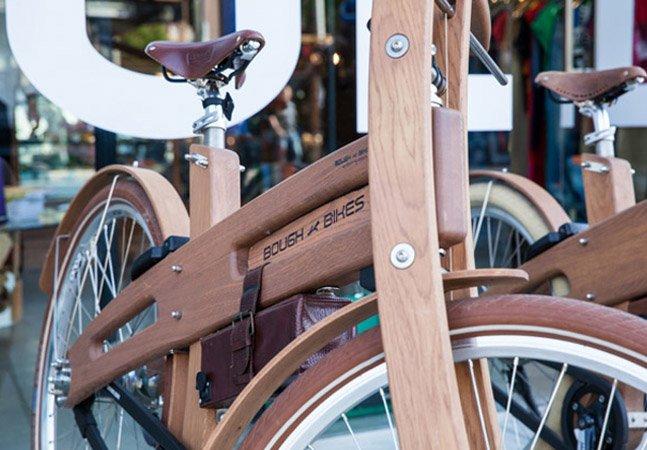 Marca cria a primeira bicicleta elétrica feita com madeira de reflorestamento