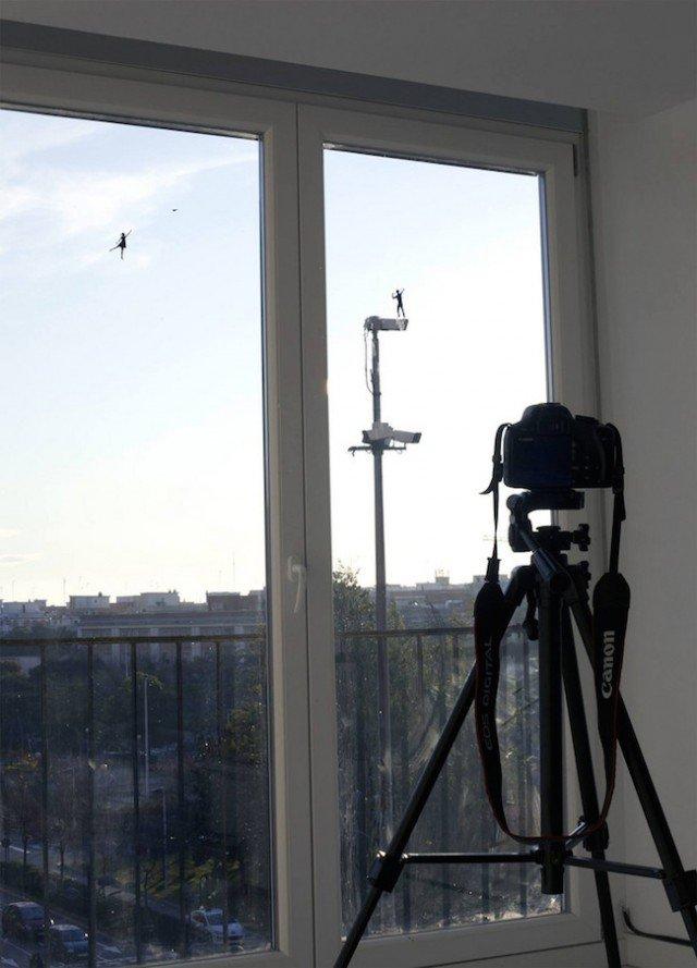 Window-Silhouettes-Illusions8-640x889