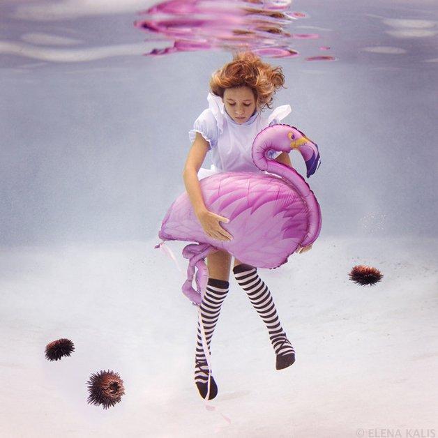 alice-underwater13