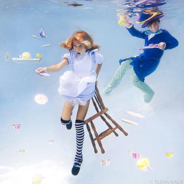 alice-underwater14