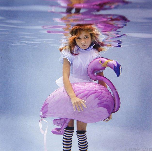 alice-underwater3