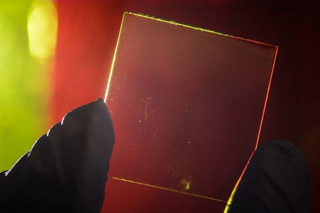 celulas-fotovoltaicas-transparentes2