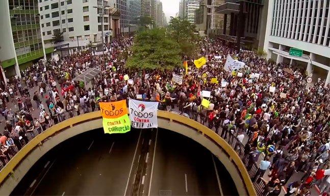 Documentário sobre os protestos de Junho de 2013 é disponibilizado de graça no Youtube por somente 48h
