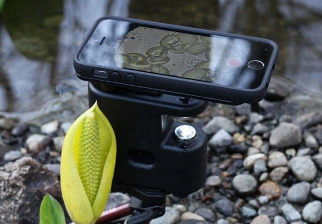 Gadget inovador transforma seu smartphone num microscópio