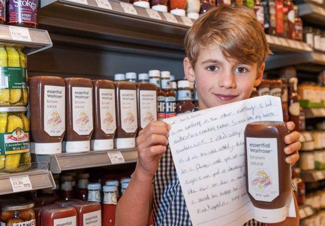 Após crítica, marca deixa que menino de 7 anos recrie rótulo de produto