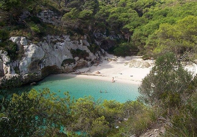 Conheça a menor praia do mundo