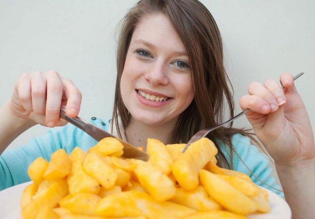 Saiba porque essa garota passou 15 anos comendo somente batatas fritas