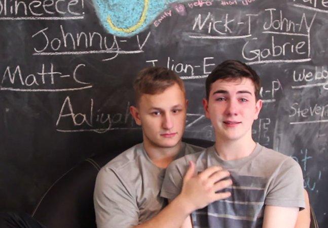Garoto de 17 anos é expulso de escola por se assumir gay em canal do YouTube