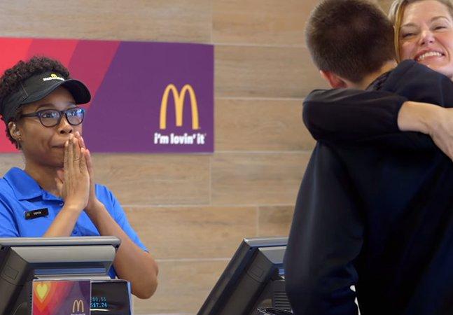 McDonald's aceita nova forma de pagamento e troca hambúrgueres por amor